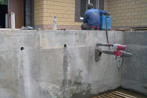 Алмазное сверление отверстие в бетоне