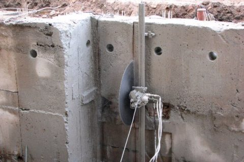 Резка бетонных стен
