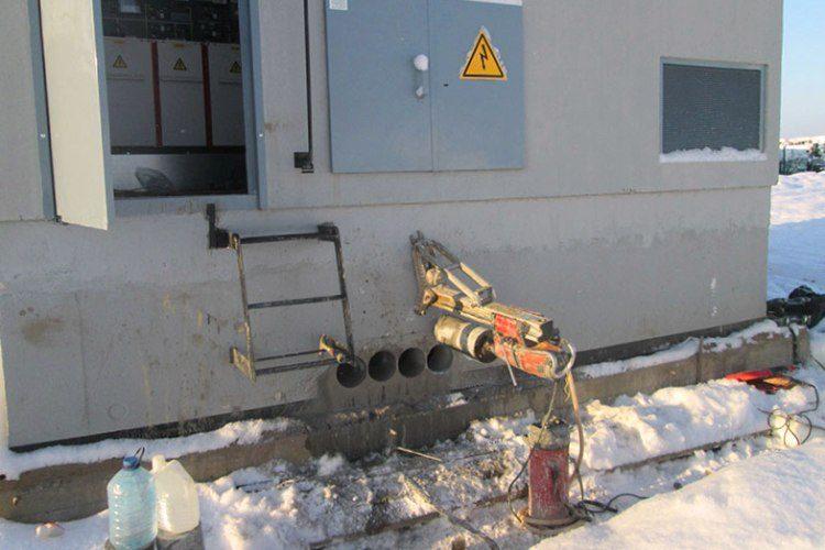 Пробурить отверстие в бетоне